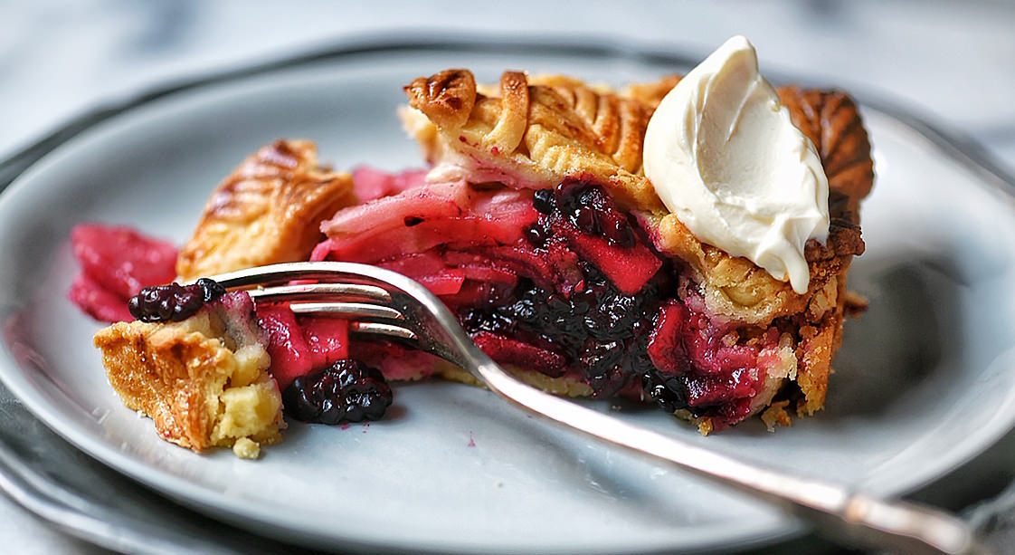 Apple and Blackberry Pie Recipe by Claudia Anton