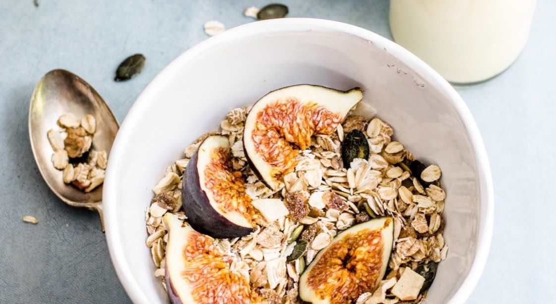 Dehydrated Muesli with Figs
