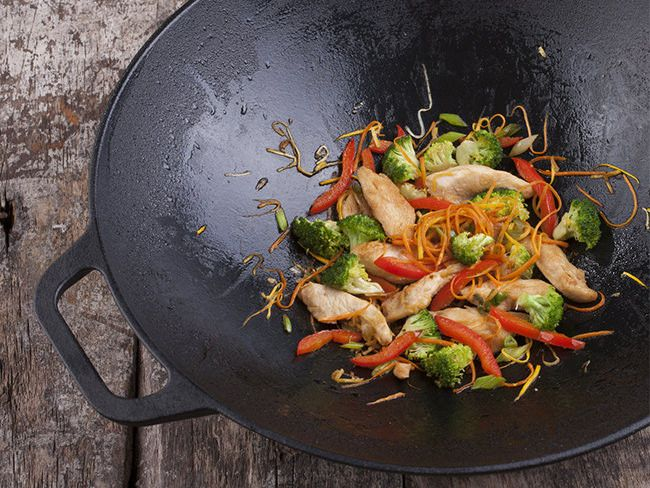 Getting to know seasoned cast iron cookware
