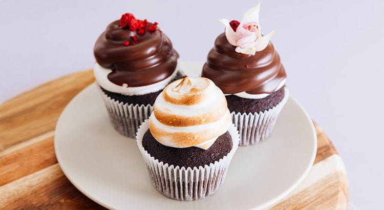 Blog Image Chocolate Cupcakes by Brendan Pang