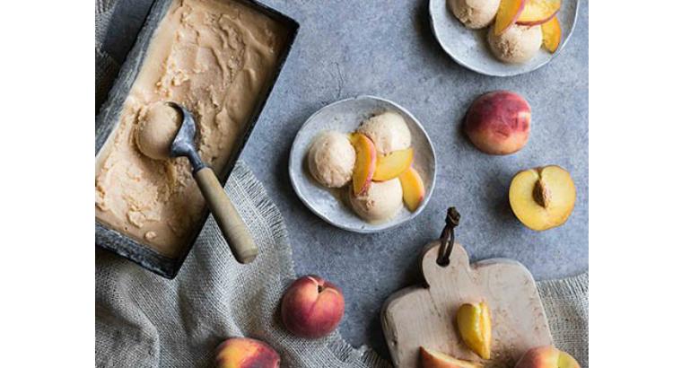 Blog-Image-Peach-Rum-Frozen-Yoghurt