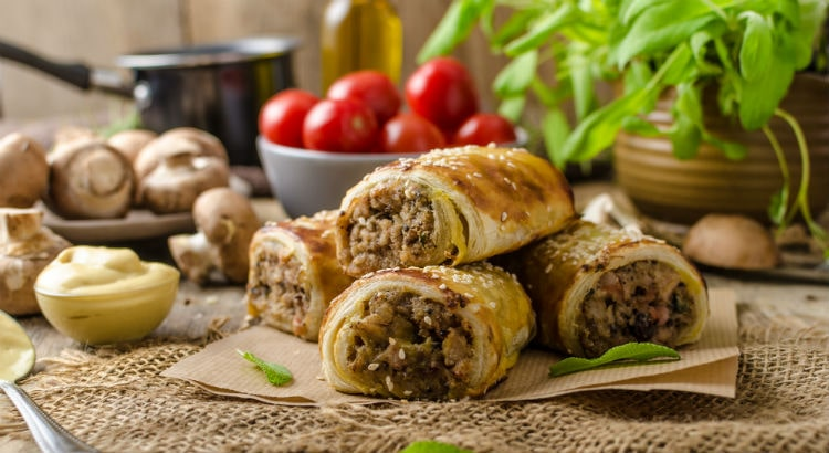 Blog-Image-Pork-Vegetable-And-Quinoa-Sausage-Rolls-Recipe-min