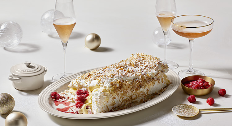Pavlova Roulade with Raspberry Cheesecake Filling