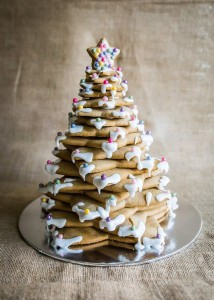 Assemble Christmas tree cookie