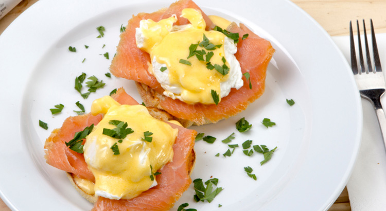 Poached Eggs with Hollandaise