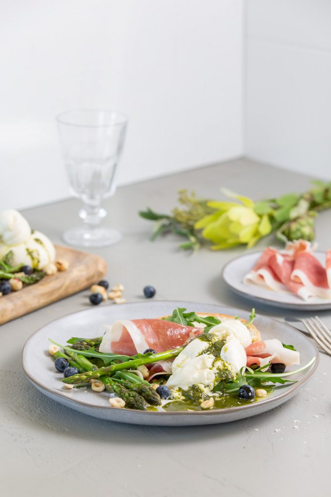 Prosciutto Burrata and Rocket Salad spring recipes