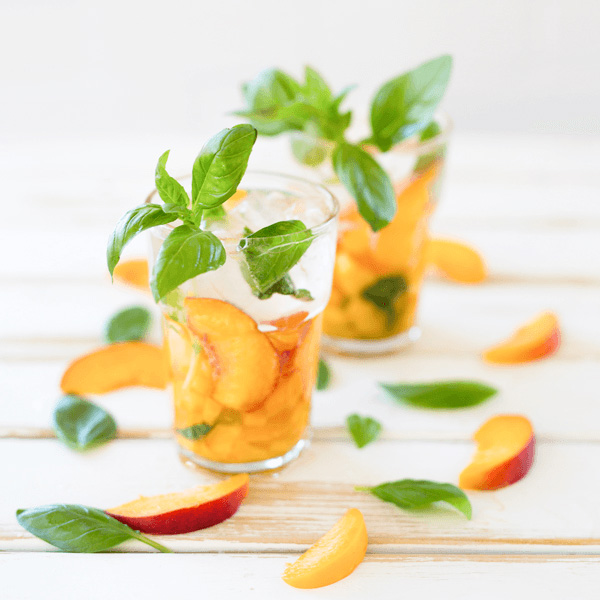 Summer-Cocktails-Peachy-Fresh-by-SodaStream