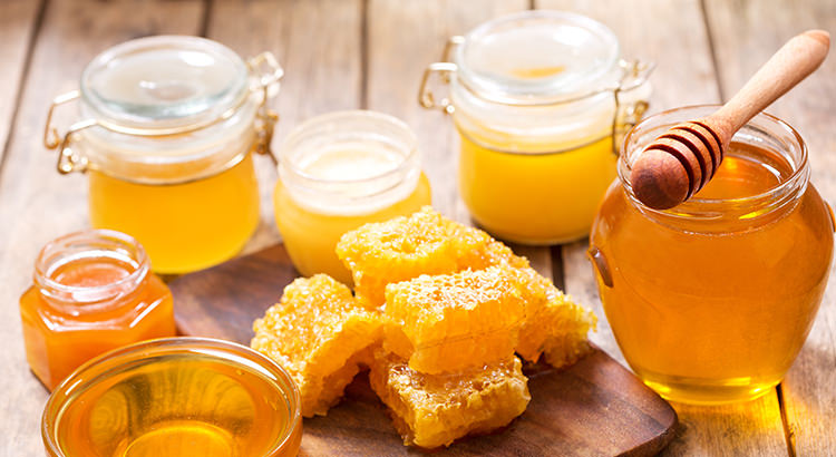 Why Honey is Better For You Than Sugar