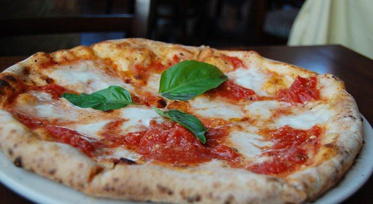 Kitchen Warehouse Pizza Stone